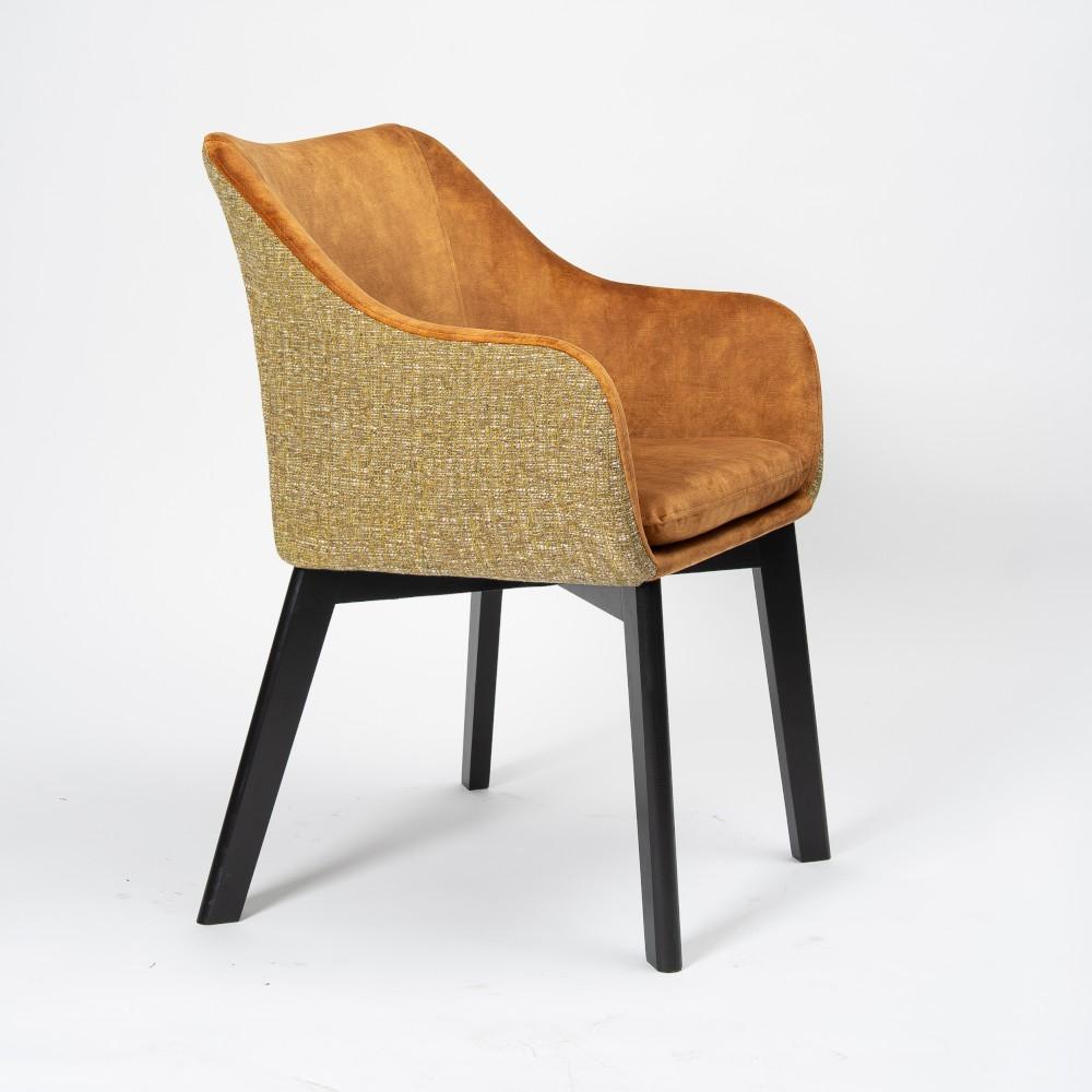 krzesło w pepitkę