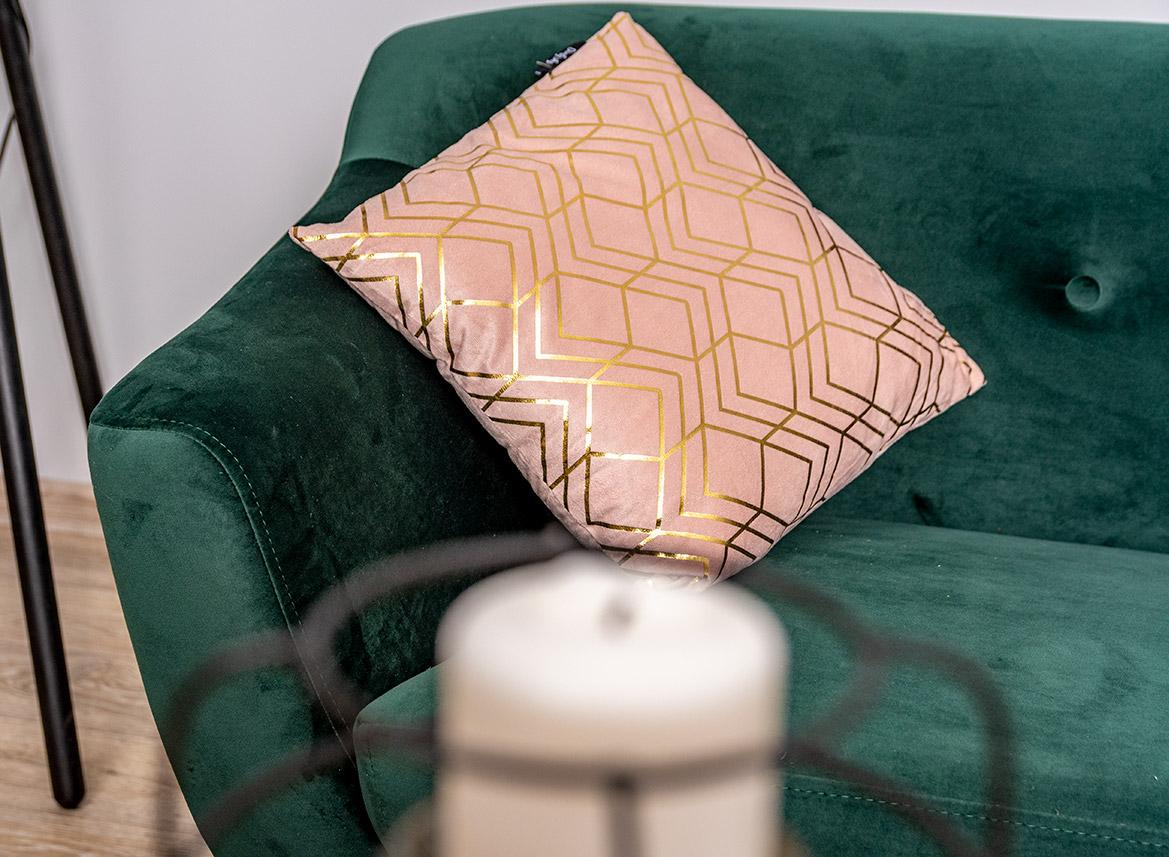 sofa skandynawska zielona